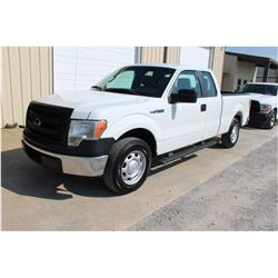 2013 FORD F150 Pickup Truck, VIN/SN:1FTEX1CM4DFC14126 - ext. cab, V6 gas, A/T, AC, 52,339 odometer r