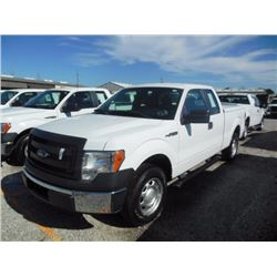 2013 FORD F150 Pickup Truck, VIN/SN:1FTEX1CM5DFC14099 - ext. cab, V6 gas, A/T, AC, bed cover, 53,960