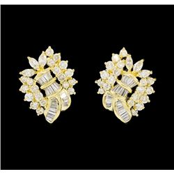 18KT Yellow Gold 2.89ctw Diamond Earrings
