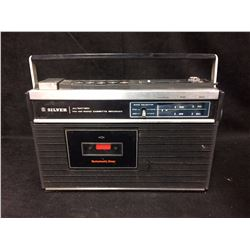 VINTAGE SOLID STATE AM/FM 2 BAND Cassette Recorder (SILVER)