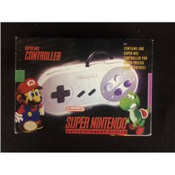 SUPER NES CONTROLLER IN BOX
