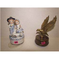 2 Musical Figurines