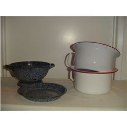 4 pieces assorted graniteware