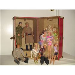 ld doll trunk full of barbies , ken and Gi joes
