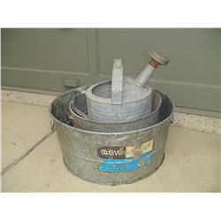 3 pieces galvanized steel 2 tubs 1 watering can