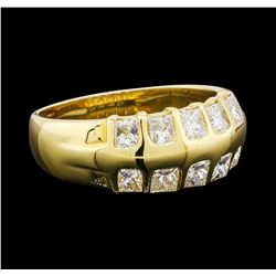 1.10 ctw Diamond Ring - 18KT Yellow Gold