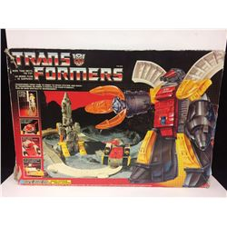 VINTAGE Transformers G1 Omega Supreme AutoBot Defense Base IN BOX