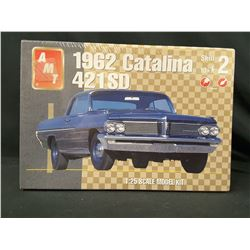 AMT 1962 Catalina 421 SD Car Model Kit (UNBUILT IN BOX)