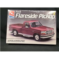 AMT / ERTL - FORD F-150 FLARESIDE PICKUP TRUCK - MODEL KIT (UNBUILT IN BOX)