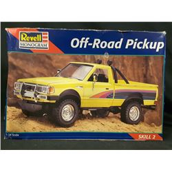 Revell Monogram Off Road Pickup Nissan Datsun 1:24 Model Kit 1998 (UNBUILT IN BOX)