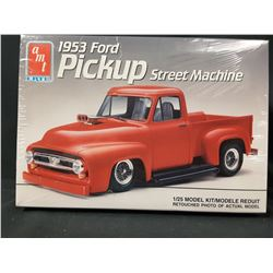AMT ERTL 1953 Ford F100 Truck Pickup Street Machine Flip Tilt Nose Model Kit (UNBUILT IN BOX)
