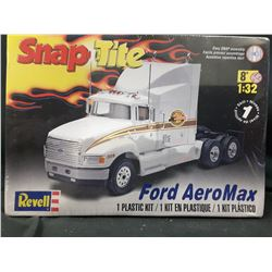 REVELL SNAPTITE FORD AREOMAX 1:32 SCALE UNBUILT IN BOX