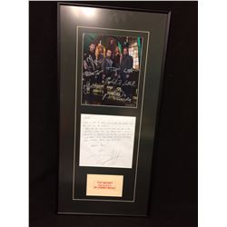 Cast signed Stargate Atlantis photo with personalized thankyou letter from David Hewlet