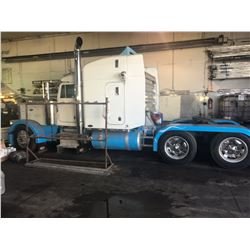 1999 PETERBILT LONG NOSE T/A TRUCK TRACTOR W/550 CAT, 40 REARS, FULLER 18 SPEED TRANSMISSION