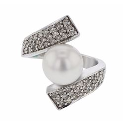 14KT White Gold 6.86ct Pearl and Diamond Ring