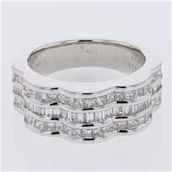 18KT White Gold 1.78ctw Diamond Ring