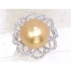 14KT White Gold 15.65ct Pearl and Diamond Ring
