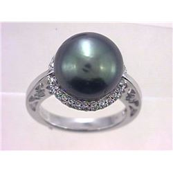 14KT White Gold 16.44ct Tahitian Pearl and Diamond Ring