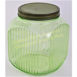 Large green depression glass coffee canister jar with indented label area and original lid, Fine con