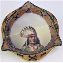 Rare pattern Nippon ashtray with Northern Plains Indian Chief in headdress hand painted showing fine