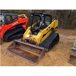 2011 CAT 277C SKID STEER LOADER, VIN/SN:JWF02568 - CRAWLER, GP BUCKET, 2 SPD, JOYSTICK CANOPY, METER
