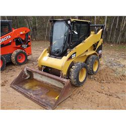 2005 CAT 232B SKID STEER LOADER, VIN/SN:SCH01035 WHEELED, GP BUCKET, ECAB W/AC