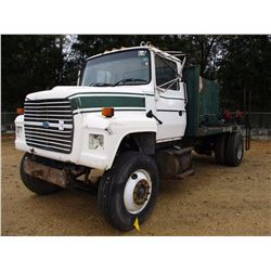 1997 FORD FUEL & LUBE TRUCK, VIN/SN:1FDXR72C1VVA10451 - S/A, DIESEL ENGINE, 5 SPEED TRANS, 16' FLATB