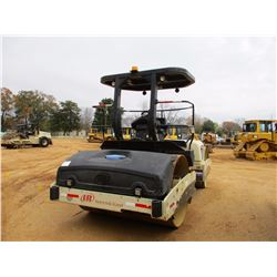 """2007 INGERSOL-RAND DD138HF ROLLER, VIN/SN:194593 - TANDEM, VIBRATORY, 84"""" SMOOTH DRUMS, WATER SYSTEM"""