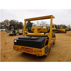 """2001 HYPAC C778B ROLLER, VIN/SN:109B21501820 - TANDEM, VIBRATORY, 78"""" SMOOTH DRUMS, WATER SYSTEM, CA"""