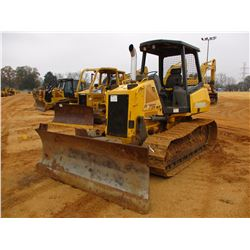 NEW HOLLAND D75 WT C.T. VIN/SN:N7DC75291 6 WAY BLADE, CANOPY, REAR SCREEN, METER READING 3,378 HOURS