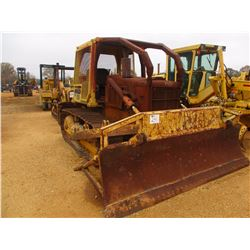 CAT D5B CRAWLER TRACTOR, VIN/SN:25X1784 - ANGLE BLADE, CANOPY, SWEEPS, SCREENS (DOES NOT OPERATE)