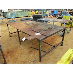 5'X10' METAL TABLE