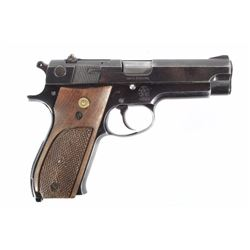 Smith & Wesson Model 39-2 9mm Semi Auto Pistol
