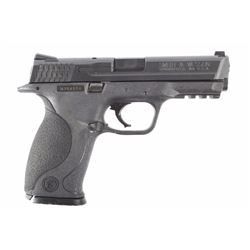 Smith & Wesson M&P 40 .40S&W Semi Auto Pistol