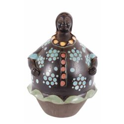 Signed Navajo Figural Women Seed Pot