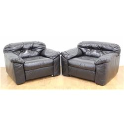 Pair Sormani Leather Black Club Chairs