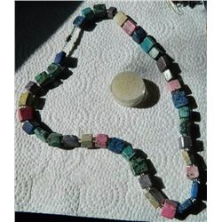 "NECKLACE - ASSORTED AGATE BLOCK NECKLACE - 10 X 10 X 12mm & 15 x 15 x 6mm BLOCKS - 24"" LONG WITH SCR"