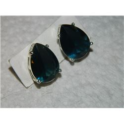 """VINTAGE EARRINGS - """"SAQ"""" - PEAR FACETED GREEN STONES - POST & BUTTERFLY BACKING - NON-FEROUS"""
