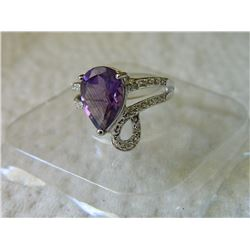 RING - OVERSIDED 4CT PEAR FACETED AMETHYST & 2 DIAMONDS IN STERLING SILVER SETTING - INCLUDES CERTIF
