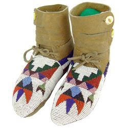 Plateau Beaded Girl's Moccasins