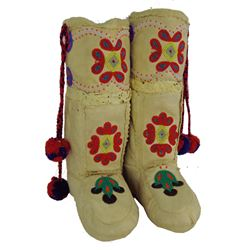 Athabascan Beaded Moccasins