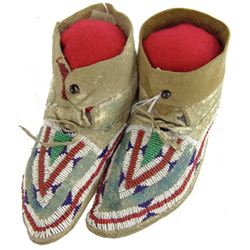 Arapaho Beaded Girl's Moccasins