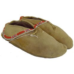 Eastern Plains Beaded Moccasins