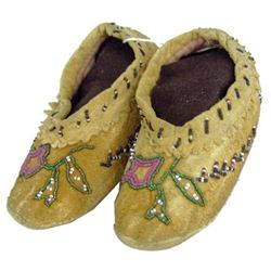 Cree Beaded Child's Moccasins