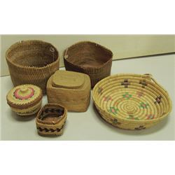 Box Lot of Baskets