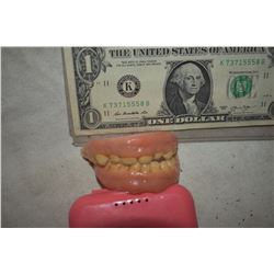 ALIEN DEMON CREATURE ZOMBIE VAMPIRE TEETH UNRESEARCHED SET 18