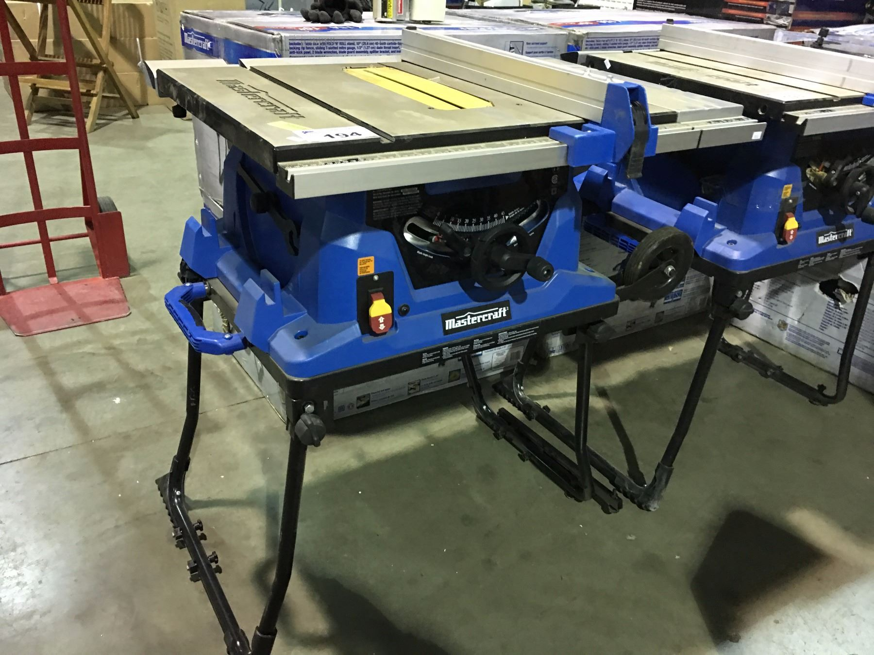 Mastercraft 10 Quot Table Saw With Fold Amp Roll Stand Some