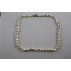 FRESHWATER PEARL NECKLACE, OFF WHITE LUSTER, HAND KNOTTED