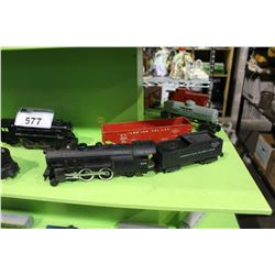 SHELF LOT OF H.O AND LIONEL MODEL TRAIN PIECES