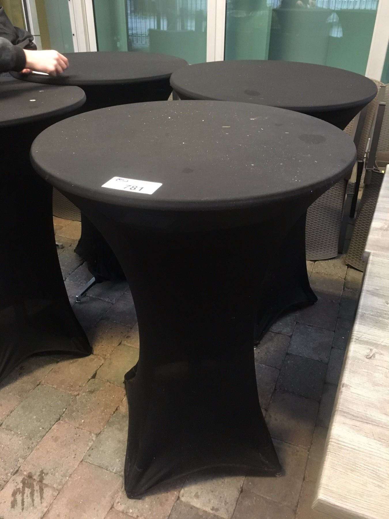 Standing height cocktail table able auctions for Height of cocktail tables